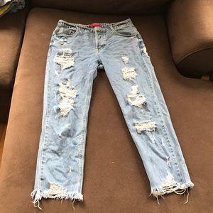 BRAND NEW Boyfriend Jeans !!!